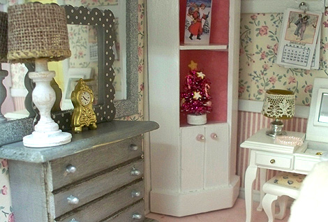 Dollhouse_girls_room