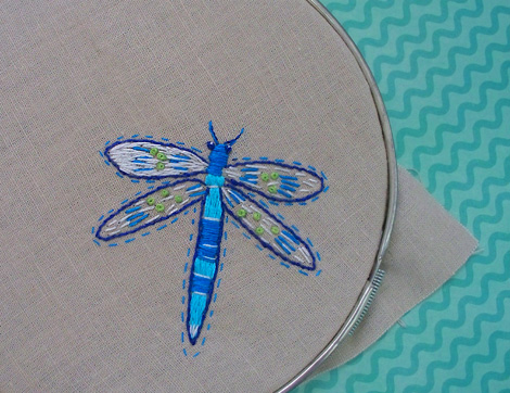 Dragonfly_embroidery