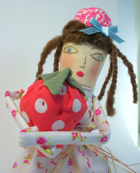 Rosebud_doll_4