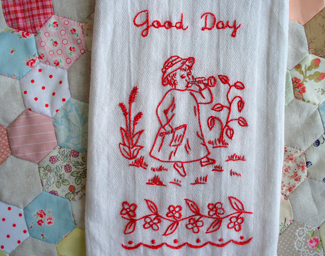 REDWORK_TOWEL