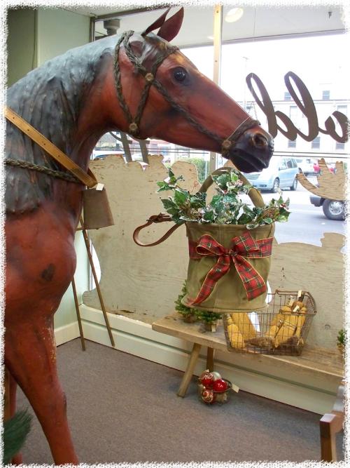 Christmas_thrift_16