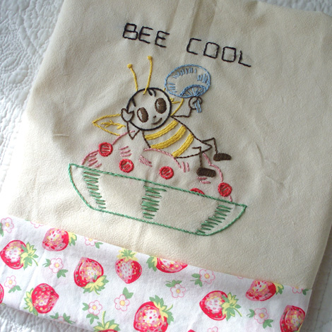 Bee-cool-tea-towel