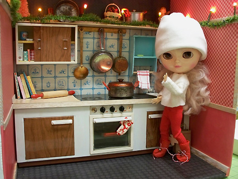 Fuch's_toy_kitchen_make-over-4