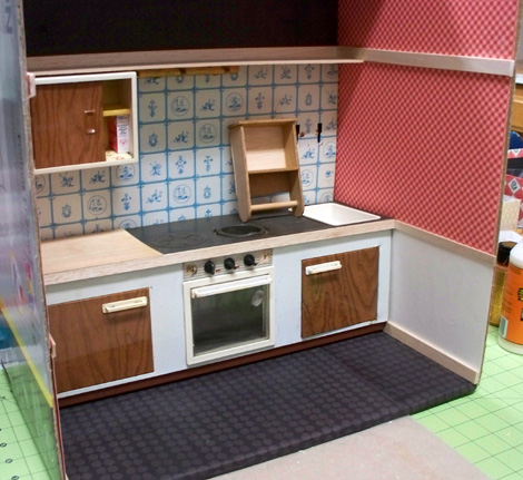 Fuch's_toy_kitchen-make-over-3