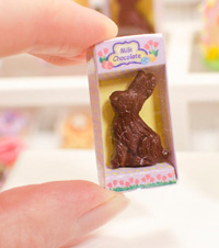 Miniature_chocolate_easter_bunny_box
