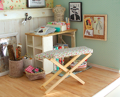 Miniature_sewing_room2