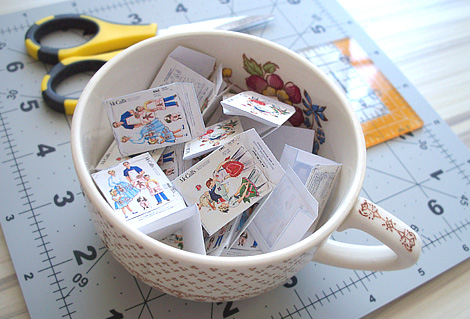 Miniature_sewing_patterns
